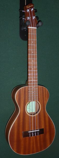 Rainer UK Tenor Mahogany Ukulele