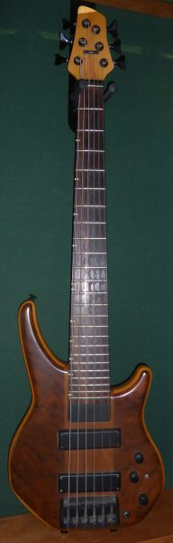 Status Graphite Energy Artist 6 String  Bass Guitar
