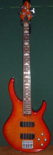 Peavey International Series Bass £150