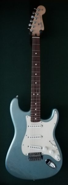 2004/5 Fender Stratocaster (Mex) £475