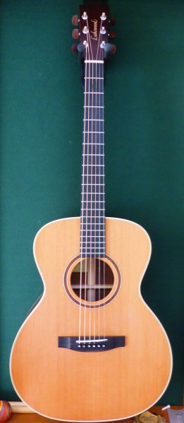 Lakewood M-24 Grand Concert Custom £1495